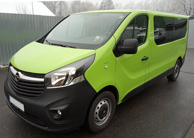 Auto k zapůjčení Opel Vivaro